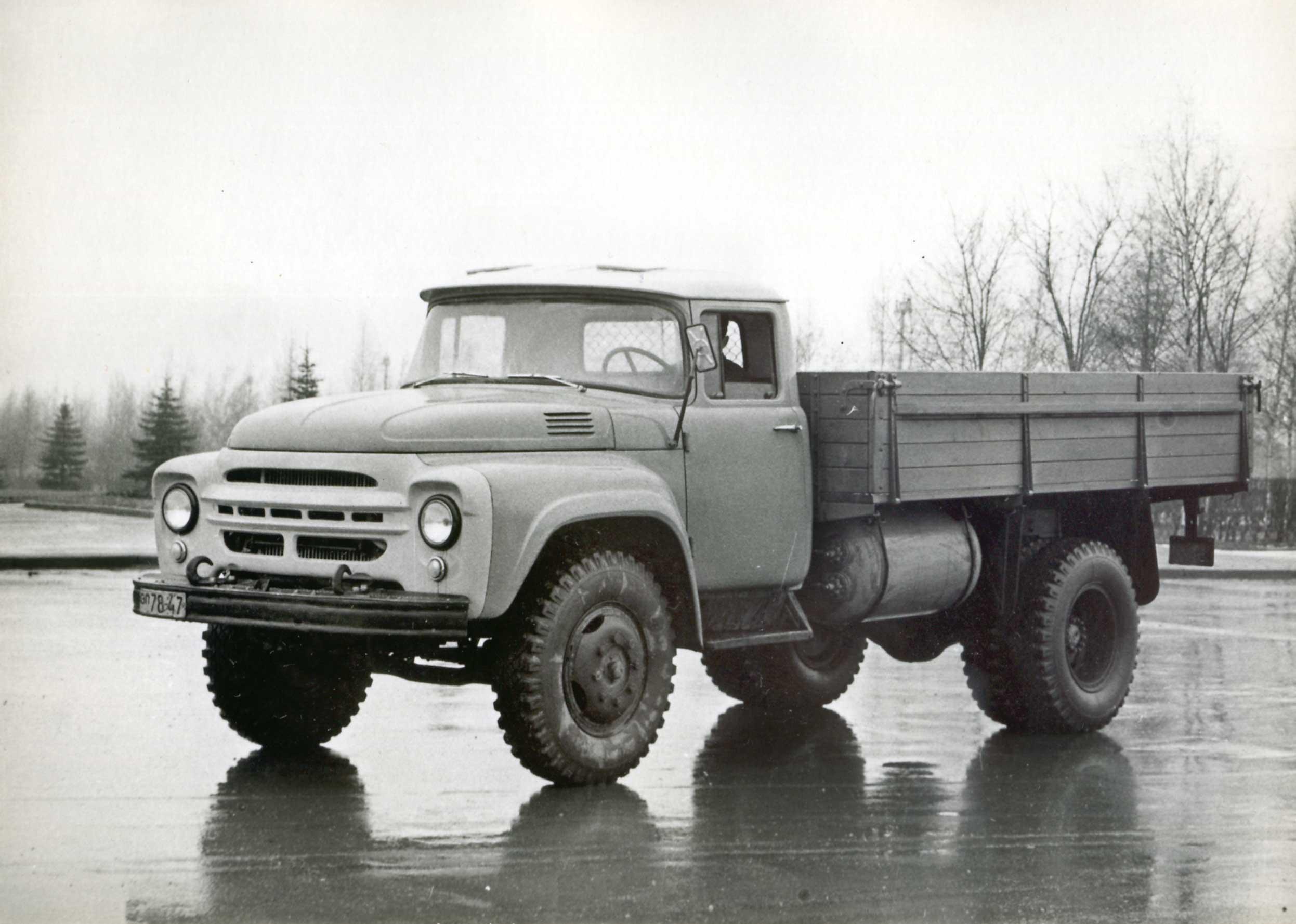 ... кварталах 1960 года, и еще три – в 1962 году), предназначались для  работы на сжиженном нефтяном газе и оснащались двигателем ЗИЛ-138 (базовый  ЗИЛ-130, ...